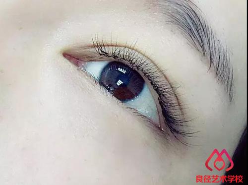 用睫��!��)�h�_良径几款流行的美睫款式欣赏