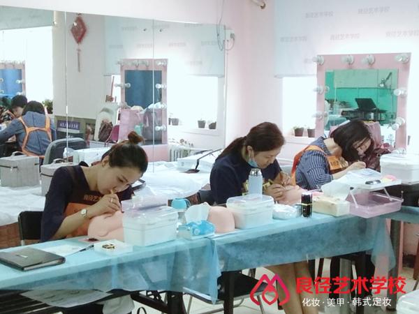 北京亚博app苹果版下载亚博体育官网软件下载造型学校 美睫课堂2
