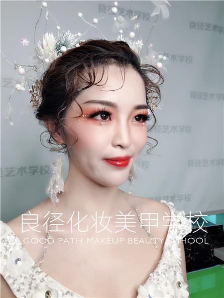 北京良径化妆造型学校 新娘妆作品2