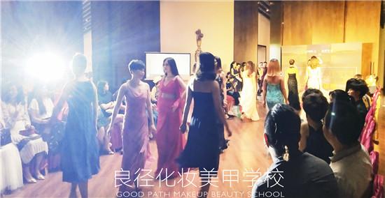 良径化妆造型学校参加圣露国际庄园七夕派对实习6