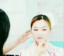 唯美秀禾妆教程 打造经典中国风