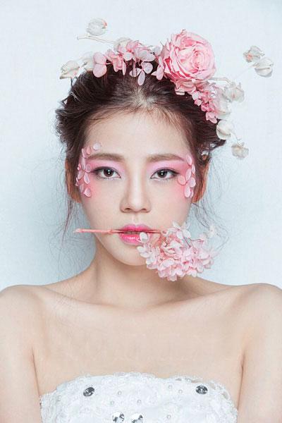 北京亚博app苹果版下载亚博体育官网软件下载造型学校 新娘妆作品1