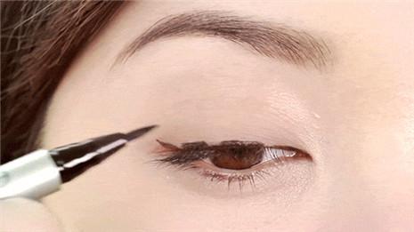 眼线画法2