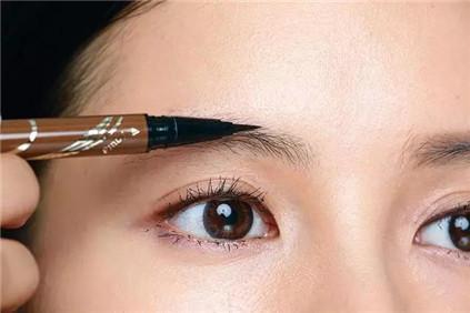 如何挑选适合自己的眉笔?选对画眉颜色你就成功了一半!