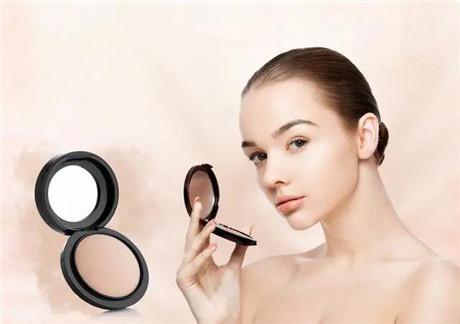 新手化妆常见五大误区,这样做会让你越画越丑