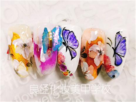 北京良径化妆学校 彩绘晕染花瓣美甲