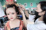 北京海淀化妆师提升班在哪里?化妆学费多少?