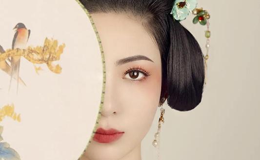 朝阳望京学新娘化妆造型学校哪家好?