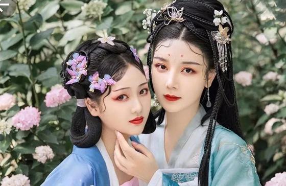 北京学化妆一定要去知名的品牌化妆学校吗?