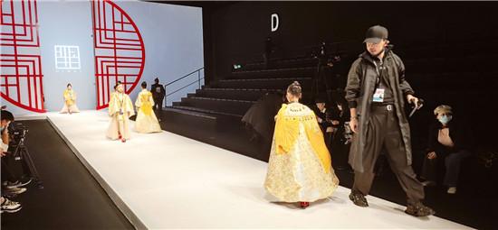 良径学员参加中国国际时装周之羋白品牌童装实践活动3