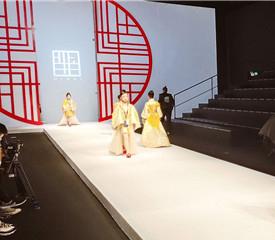 北京通州良径化妆美甲学校学员实习