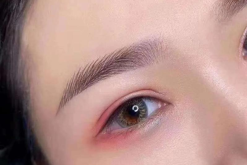 纹眉什么颜色好看自然?这几点一定要知道!